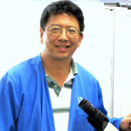 Dr James Chin