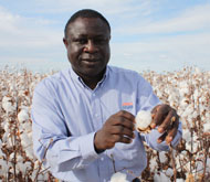 NSW DPI research scientist Dr Robert Mensah
