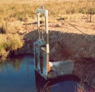 Figure 3. Vertical winch gates (Photo: Rob Lloyd)