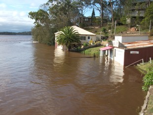 Tuross Lake flooding